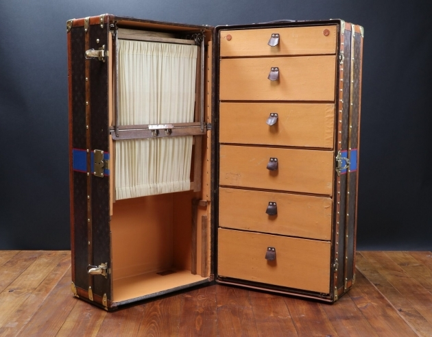 Antique Wardrobe Trunk Louis Vuitton Wardrobe Trunk Pinth Vintage Luggage Pic 64