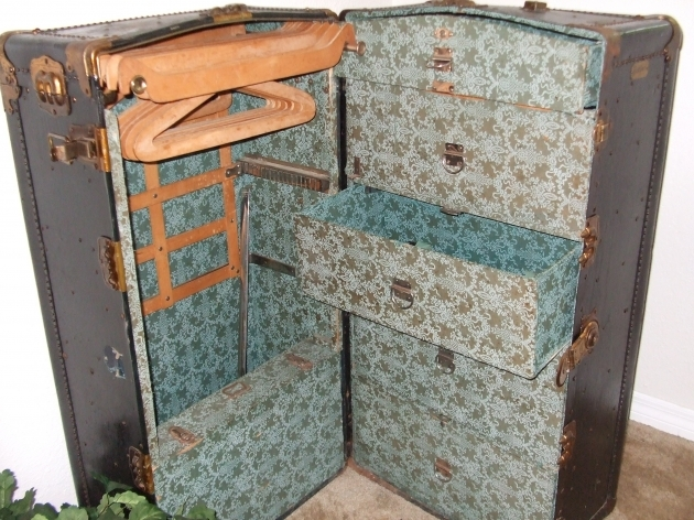 Antique Wardrobe Trunk Travel Wardrobe Old School Photos 95