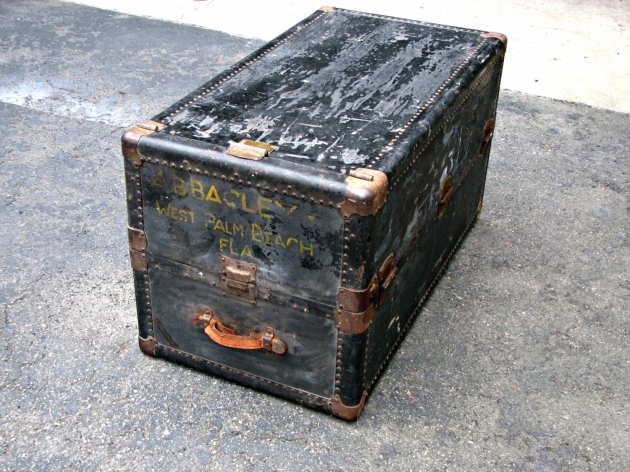 Antique Wardrobe Trunk Wheary Cushioned Top Trunk Black Images 20