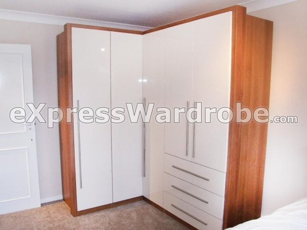 Free Standing Wardrobe Closet Wardrobe Closet Free Standing Wardrobe Closet With Sliding Doors Pic