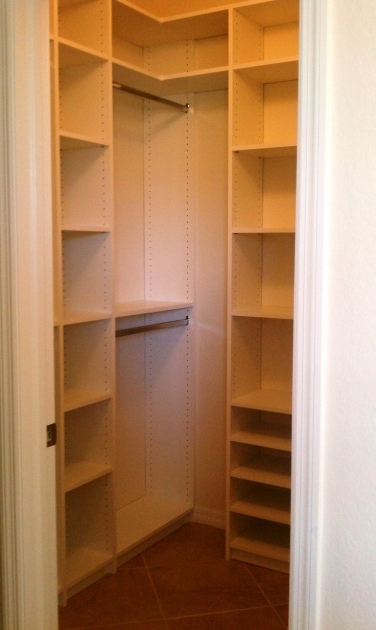 Small Walk In Closet Ideas 1000 Ideas About Small Closet Design On Pinterest Small Closets Pic