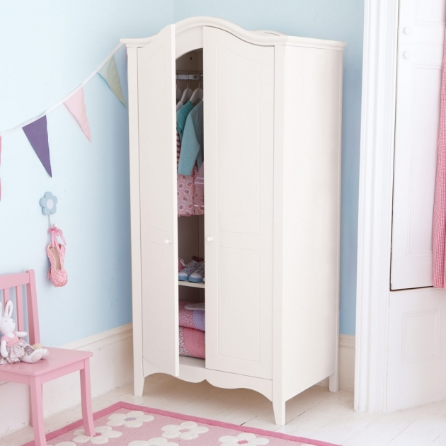 Wardrobe For Kids Tips For Keeping Kids Wardrobe Organized Every Day Ac Decorating Pics