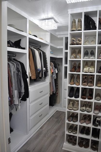 Ideas For Walk In Closet 75 Cool Walk In Closet Design Ideas Shelterness Photos