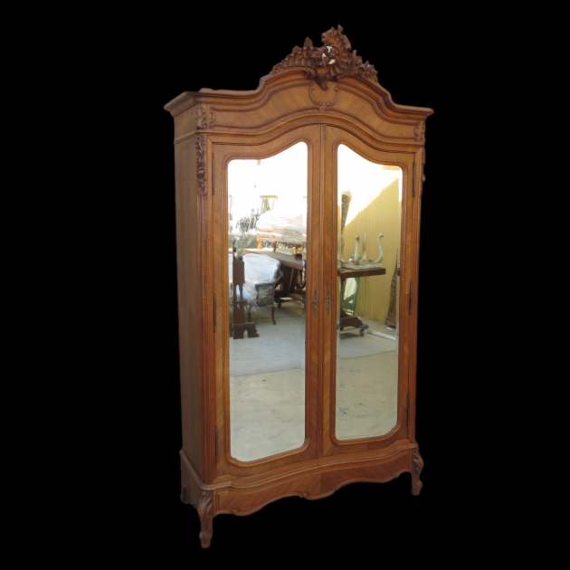 Antique Wardrobe 85631 Pic