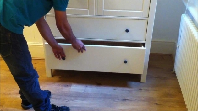 Hemnes Wardrobe Ikea Hemnes 2 Doors 2 Drawers Wardrobe Design Youtube Pic