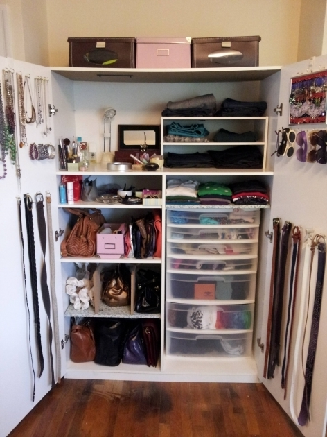 Organizing Closet Ideas How To Organize A Lot Of Clothing In Very Little Closet Space Pics