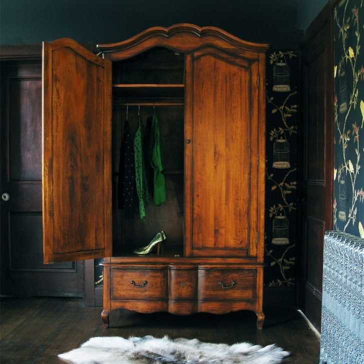 Gorgeous Top 10 Ways To Decorate Your Home In Vintage Style | Living Small Antique Wardrobe Closet Picture
