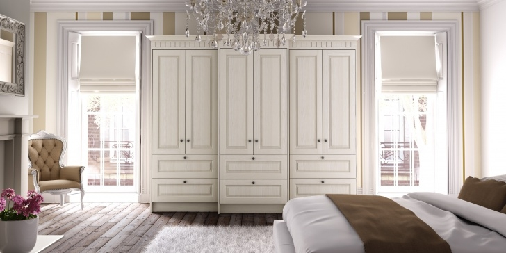 Inspirational Sliding Wardrobes Tralee, Killarney, Listowel & Dingle - Kilflynn White Wardrobe Traditional Photo